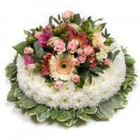 Classic White and Pink Posy Pad